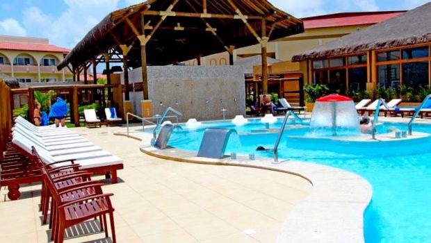 Grand Palladium Imbassaí Resort com Descontos